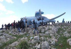 سقوط بالگرد ارتش سوریه در حومه ادلب/اعدام خلبان+ عکس