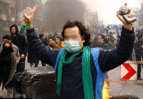 مردم آمریکا میتوانند برای ادامه آشوبها با فتنهگران ایرانی مشورت کنند