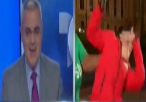 کتک خوردن خبرنگار هنگام پخش زنده + فیلم
