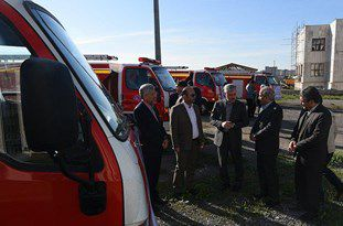 تحویل 4 دستگاه خودرو آتشنشانی به دهیاریهای استان گستان