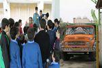 از ورود کامیون به یک حوزه امتحانی تا شرکت 40 نفری دانش آموزان یک مدرسه با مسئولانش