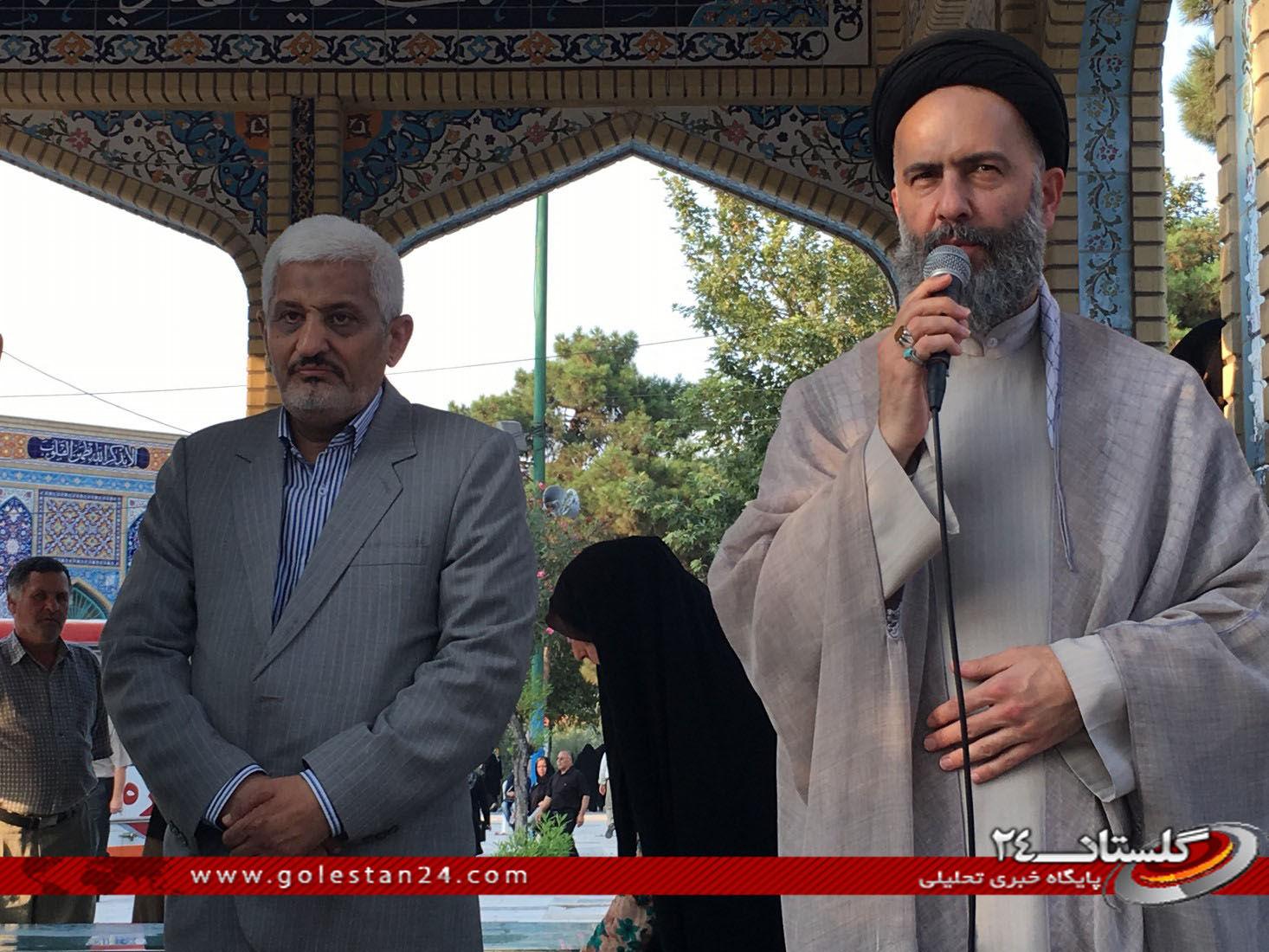 عطر افشانی مزار شهید طاهری (13)