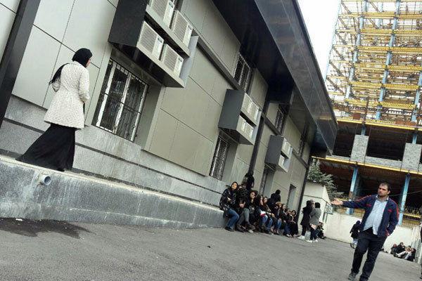 ۱۵ زن و مرد هنگام پارتی شبانه در گرگان دستگیر شدند