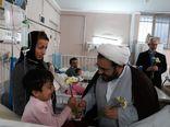 تصاویر/ عیادت از بیماران و تبریک روز پرستار توسط رئیس اوقاف گرگان در بیمارستان طالقانی
