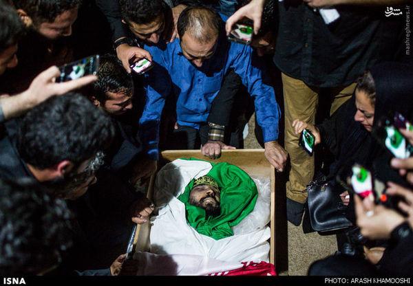 وداع با پیکر محسن قوطاسلو و شهید مجتبی یدالهی دو شهید مدافع حرم ارتش