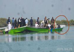 سواحل خلیج فارس؛ همچنان در فهرست سفرهای نوروزی رئیس جمهور + تصویر قایق سواری در قشم
