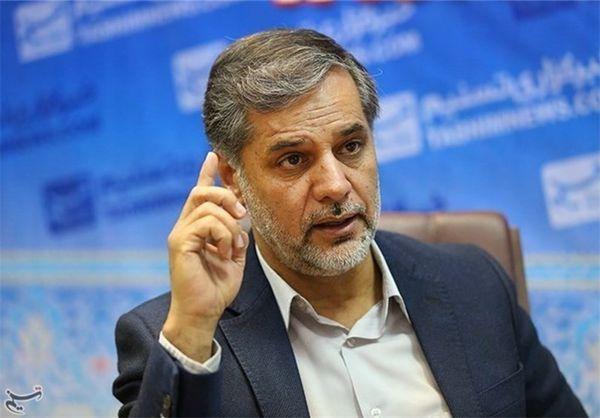 دولت از دیپلماسی «التماسی» کنارهگیری کند